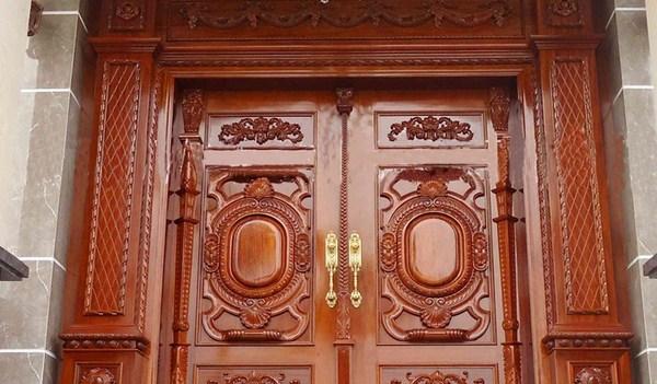kĩ thuật sơn cửa gỗ