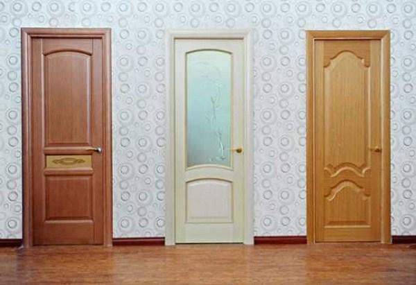kinh nghiệm sơn cửa gỗ